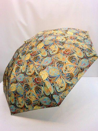 雨傘・折畳傘-婦人 日本製蝶ハナ柄軽量金骨2段式折畳雨傘【10P05Nov16】 傘 雨具 梅雨対策 ゲリラ豪雨簡潔