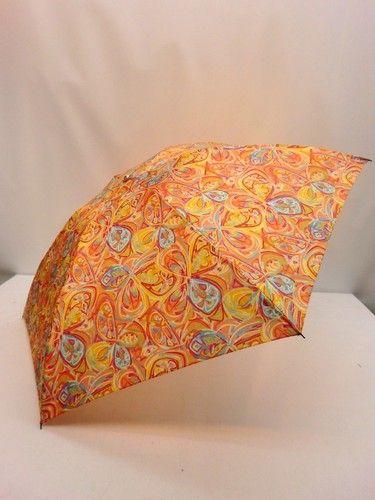 雨傘・折畳傘-婦人 日本製極薄生地転写プリント蝶ハナ柄携帯用丸ミニ折畳雨傘【10P05Nov16】 傘 雨具 梅雨対策 ゲリラ豪雨壮大でカラフル