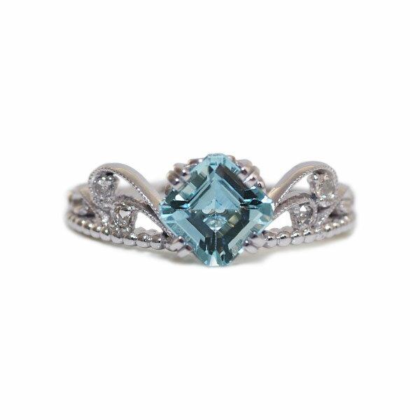 アクアマリン×ローズカットダイヤリング「王妃のパリュール」※こちらは4週間ほどお時間を頂きます【送料無料】 アクアマリン リング 指輪 K18ティアラにあしらわれた色濃いアクアマリンが瑞々しく、どこか可愛い雰囲気