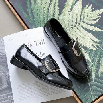 ローファー レディース フラットシューズ 革靴 黒 ブラック ベルト モチーフ おじ靴 ペタンコ ぺたんこ つやあり つやなし