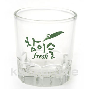 チャミスル fresh glass ■ Korea food ■ Korea food / Korean food / Korea souvenir / liquor / liquor / shochu / Korea liquor / Korea liquor / Korea shochu /JINRO/ 眞露 / ジンロ / original glass / is deep-discount