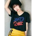 コカ・コーラ 「Coke」Tシャツ/セシルマクビー(CECIL McBEE)