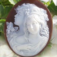 露絲客串的最好客串大師 Aniello 佩爾尼切了幾代人愛的傑作 ! 全名最高等級有浮雕的貝殼 !