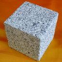 ピンコロ石 白御影石ビシャン 1丁(12個セット)