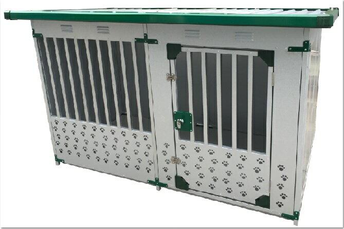 ドッグハウス(スチール製)DFD-1 (床なし)(0.5坪タイプ)  【送料無料】【】 【決算処分価格】【スチール 大型犬 犬小屋】【スーパーSALE】05P03Dec16 メーカー: 発売日: