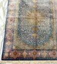 【送料無料】ペルシャ絨毯 サイズ:290×198 産地:クム 作者:オリアイ 材質:シルク