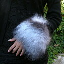 It becomes the free shipping ★ [in nothing for both arms] fur tippet in a review! Gorgeous Fox fur (fur) bangle & cuff [original brand made in Japan]■