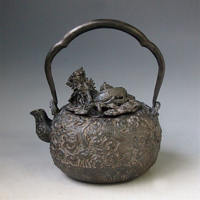 Japanese antique cloud dragon ryu art cast iron tetsubin chagama kettle teapot ebay - Cast iron teapot dragon ...