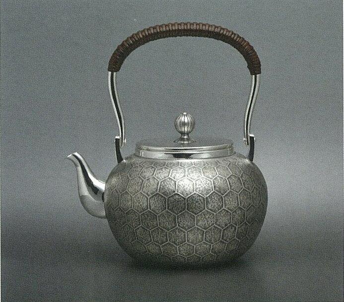 【日本製・証明書付き】純銀 湯沸 4.5寸 亀甲 KAW obg-n123