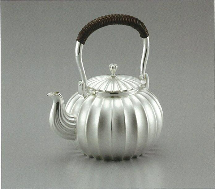 【日本製・証明書付き】純銀 湯沸 立筋 4.5寸 obg-n034