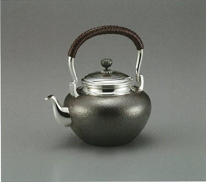 【日本製・証明書付き】純銀 湯沸 鎚目 5寸 obg-n043