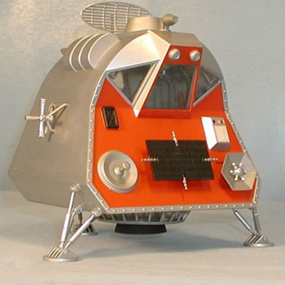 1/24 Lost in Space Space Pod Plastic Model(Back-order)