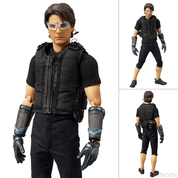 "Real Action Heroes No.596 Ethan Hunt  from ""Mission: Impossible Ghost Protocol""(Back-order)"