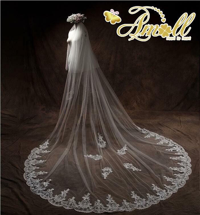 豪華な刺繍使用した美しいロングベールです。ロングベール・フェイスアップ・ウェディングベール・ライダル・ウェディング・結婚式,人気,披露宴【オフホワイト】ブライズメイド