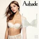新作登場!フランス【Aubade】オーバドゥAUBADE A L'AMOUR(オーバドゥアラムール)ダブルパデッドブラWhiteカラー(DA18)