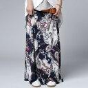 さらりとゆれ感に合う軽やかさで華奢見せ。ペイズリー柄スカート・3月13日20時〜再販
