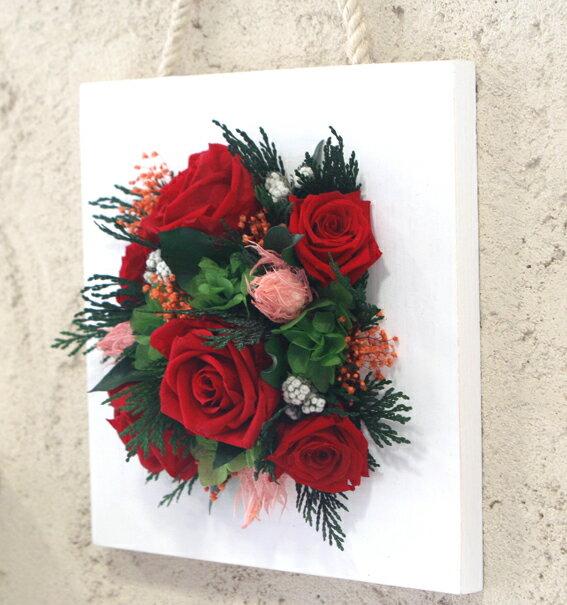 【送料無料】プリザーブドフラワー「真っ赤なバラがメインのフラワーフレーム」【楽ギフ_包装】【楽ギフ_メッセ入力】 【母の日ギフト・ホワイトデー・結婚・誕生日・合格・卒業・退職・入学・就職・お祝い・お礼に】