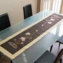蓮が刺繍されたベトナム製のアジアンテーブルランナー[vn50307]【テーブルセンター テ