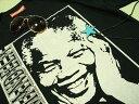 ネルソン・マンデラTシャツ【サイズ:小さめM 】【5000円以上で】送料無料 Tシャツ メンズ 半袖 プリントTシャツ メンズ 南アフリカ 大統領 反アパルトヘイト ネルソン・マンデラ Tシャツ ラッピング無料