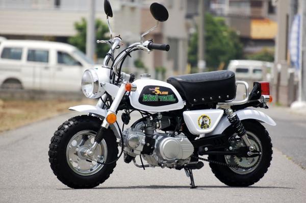 モンキー風ローダウンカスタムバイク 50ccの紹介画像2