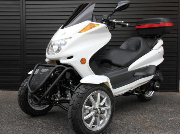 リバーストライク ファルコン150cc