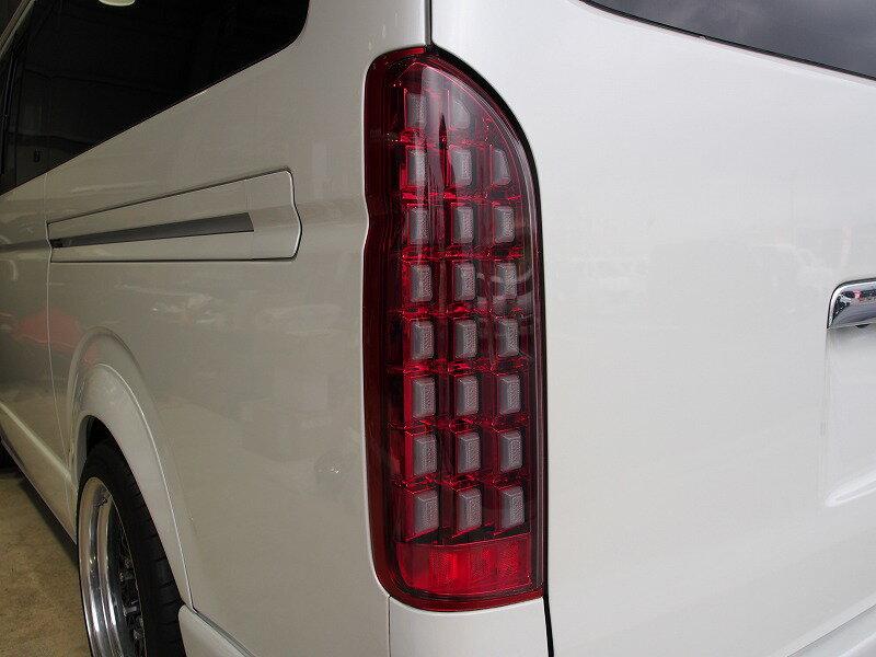 ハイエース 200系 シューティングテールランプ フルLED