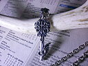 格式高いロイヤルキーネックレスが日常に溶け込む クラシック アクマゲーム 鍵ネックレス 南京錠ネックレス オニキス 王冠 クラウン 02P23Apr16
