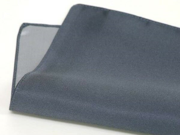 ◆日本製◆ポケットチーフ◇シルクサテン◇チャコールグレー◇無地絹100% メール便可
