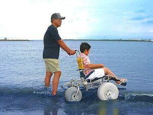 ★海へ山へ!雪道だって!最強オフロード車椅子ランディーズRC(リヤキャスター)車椅子オフロード砂浜走行ガタガタ道も!海(ビーチ)へ山へ大活躍!組み立て式特大バルーンタイヤエムズウイング社製