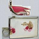 【中古】本物綺麗コーチ女性用白いエンビ素材に花柄模様が描かれているキーコインケース兼証明書ケース サイズW11,5H7,5cm ○S13-28