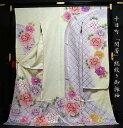 送料無料 フルオーダー手縫いお仕立て込み 十日町名門「関芳」謹製 総絞り御振袖 牡丹 薄いクリーム色