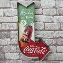 【エントリーで最大P28倍 6/21 20:00-6/26 01:59】送料無料 ブリキ 立体看板 ウォールサイン アメリカンレトロ アメリカ雑貨 電球付 アロー矢印 Coca Cola コカコーラ 瓶 【BR-05】