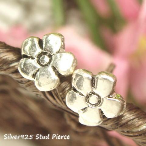 【シルバーピアス】シンプルな5枚花弁のフラワーピアス 【スタッドピアス レディースピアス】【楽ギフ_包装選択】