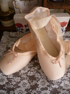 Touthewsgom gifts for Cinderella ★ customer.