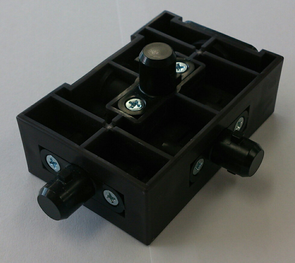 アシストスツール用 コマ (ダボ3個付き) 交換部品
