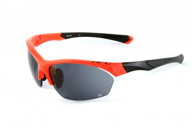 サングラスイタリアブランドNRCocchiali P3.ODスポーツサングラス。自転車競技・ランニングにも最適♪ 軽い!超フィットスポーツサングラス自転車競技・ランニングにも最適♪便利