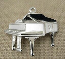 楽器チャーム グランドピアノ
