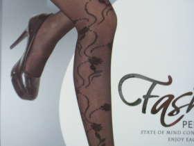... : 丝袜美腿制造商 (双关语,从可爱成人) 是从欧洲 9