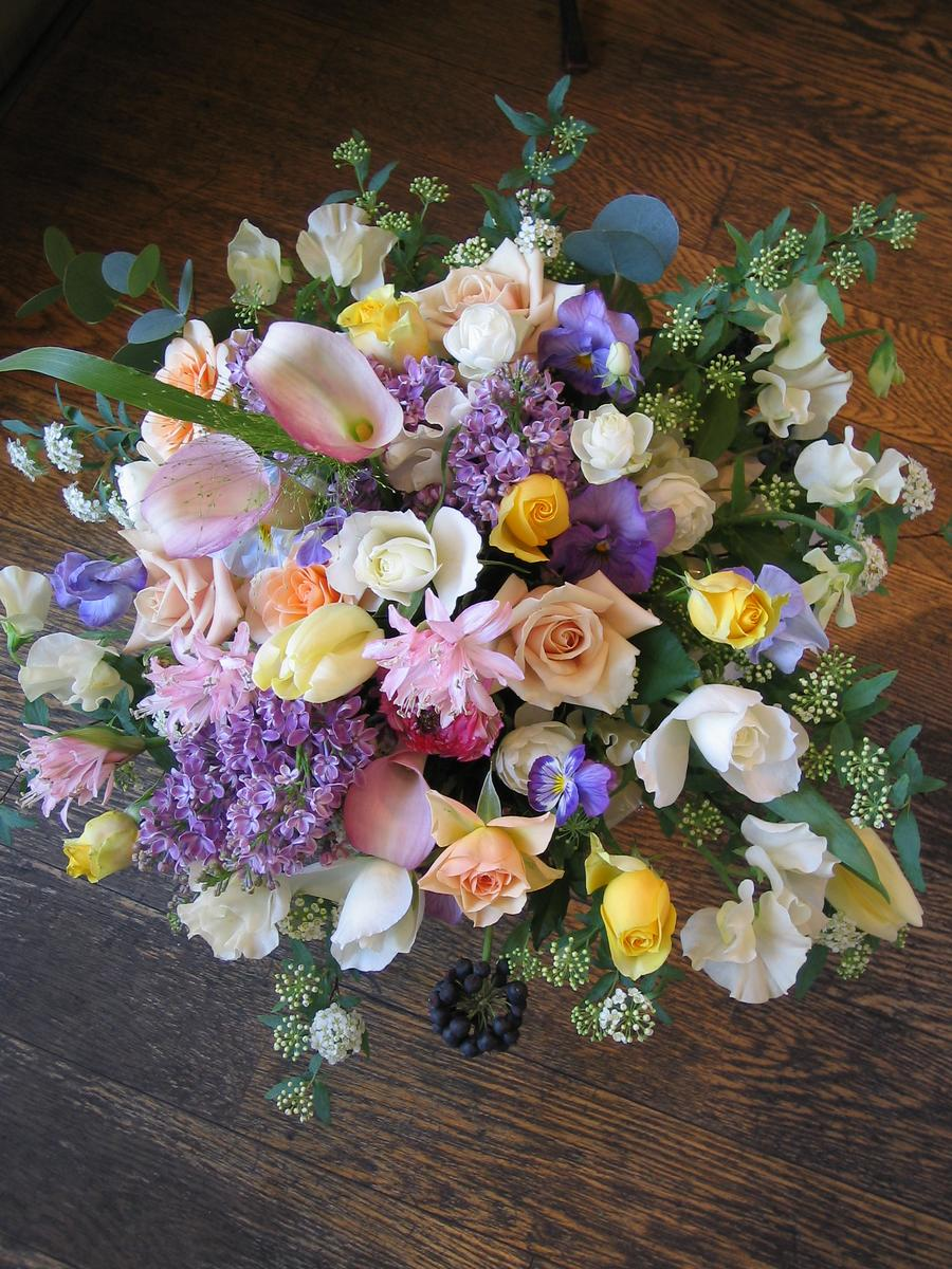 誕生日 ビジネス 開業祝い 開店 オープン 歓迎・退職用・移転祝い などに 季節のお花を使って、ご指定日にお届けいたします !! 画像サービス 画像配信 アレンジカラーは選べる6色!旬の新鮮なお花でボリュームたっぷり!贈ったアレンジは画像配信サービスで確認できます。お祝い、お見舞いに