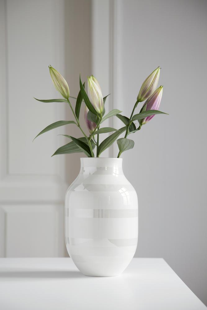 KAHLER ケーラー オマジオ フラワーベース Lサイズ パール 白い花瓶 Omaggio Pearl vase (L)16050花瓶 磁器 ベース 北欧 花びん ギフト【送料無料】