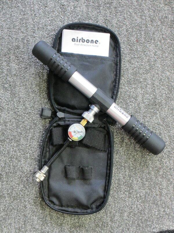 自転車の 自転車 空気入れ 携帯 ゲージ : ... (携帯用空気入れ) ポーチ付