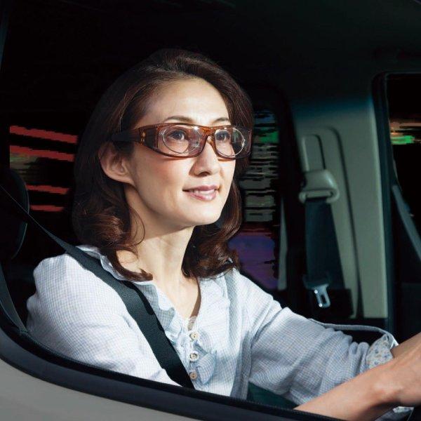 ベルメゾン鯖江製特殊遮光レンズを使ったオーバーサングラスカラー◇軽自動車シートカバーカーシートカバー