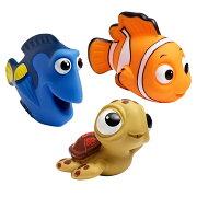 【取寄せ】ディズニー Disney ファインディングニモ ピクサー Pixar お風呂 おもちゃ 玩具 バストイ 【大きさ約9cm】 子供用 女の子 男の子 ベビー 赤ちゃん [並行輸入品] The First Years Disney/Pixar Finding Nemo Squirtee, 3pk
