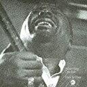 CHESS BEST COLLECTION 1000シリーズ。本作は、モダン・ブルース巨人の豪華カップリング盤。最初期の泥臭いスタイルや十八番のスクィーズ・ギターを披露するアルバート・キングと、歴史的名演「ソー・メニ・ローズ」を筆頭に、臓腑をえぐるヴォーカルとギターで魅せるオーティス・ラッシュという異なる個性が濃密に味わえる、1969年発表のモダン・ブルース集。生産限定盤/解説歌詞付/2013年デジタルリマスタリング/1969年作品/旧品番:UICY-93297