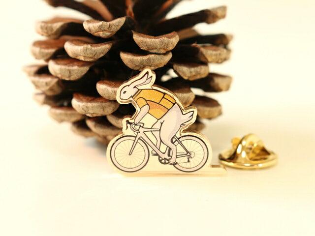 ピンバッジ/ピンバッジ 自転車/ピンバッジ 自転車柄/ピンバッジ メンズ 自転車/ピンバッジ レディース 自転車/ ピンバッジ 自転車モチーフ/ ピンバッジ 父の日 ギフト/ ピンバッジ プレゼント/自転車とウサギのピンバッジ