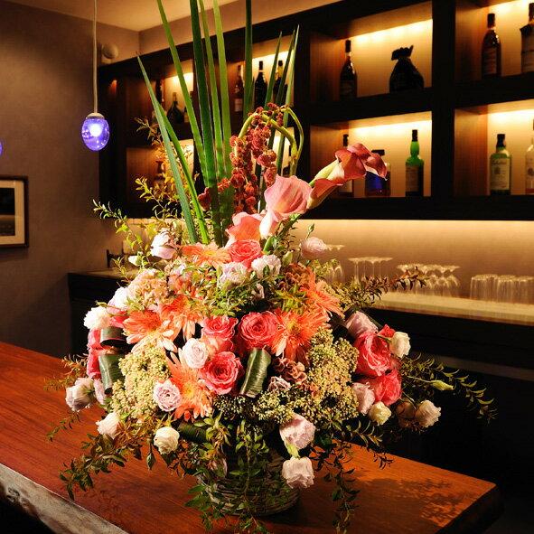 デザイナーズフラワーMサイズ エレガント系(ピンク)3万円コースを出産記念のプレゼント、出産祝いの贈り物に配達します【電報(祝電)と祝花がセットになったフラワーギフト】【全国送料無料】