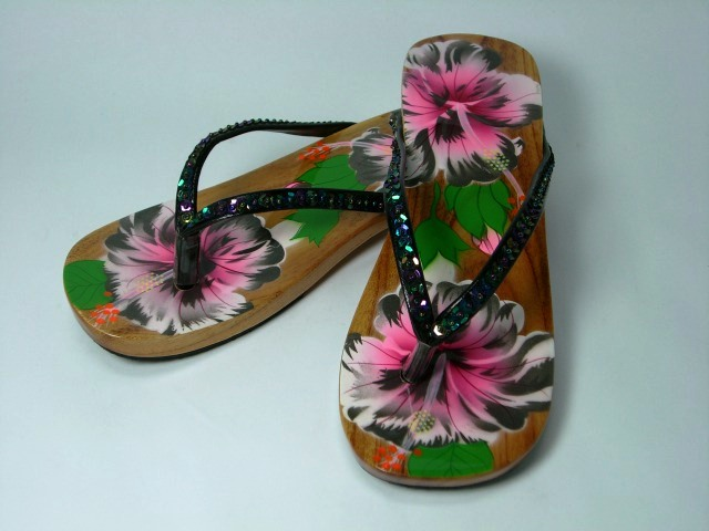 Vietnam sandals Woody flower