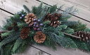RoomClip商品情報 - 木の実付き・グリーンスワッグ造花・CT触媒・CT触媒のスワッグ・造花のスワッグ枯れないリース・外玄関・シックなスワッググリーンのリース・クリスマス・お正月飾り