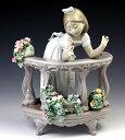 リヤドロ(Lladro リアドロ 陶器人形 置物) 花と少女 バルコニーの朝#ldr-6658