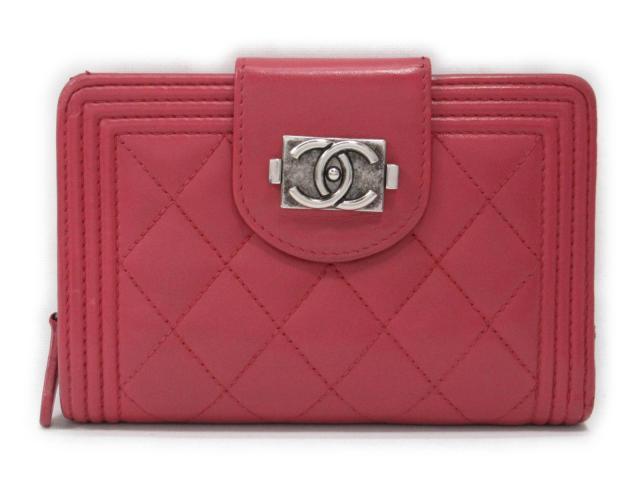 【中古】シャネル ボーイシャネル 二つ折り財布 財布 レディース レザー ピンク系 (201804)